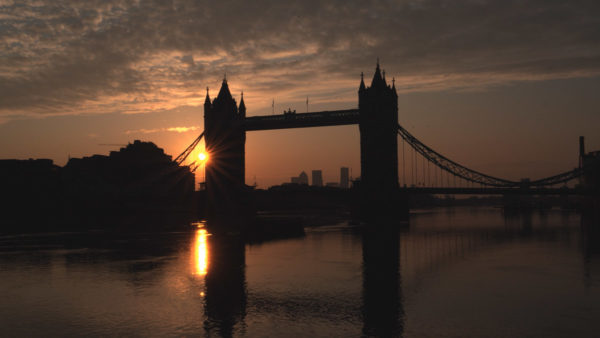 Tower-Bridge-dawn